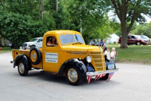 Classic truck in Bluegrass Festival parade